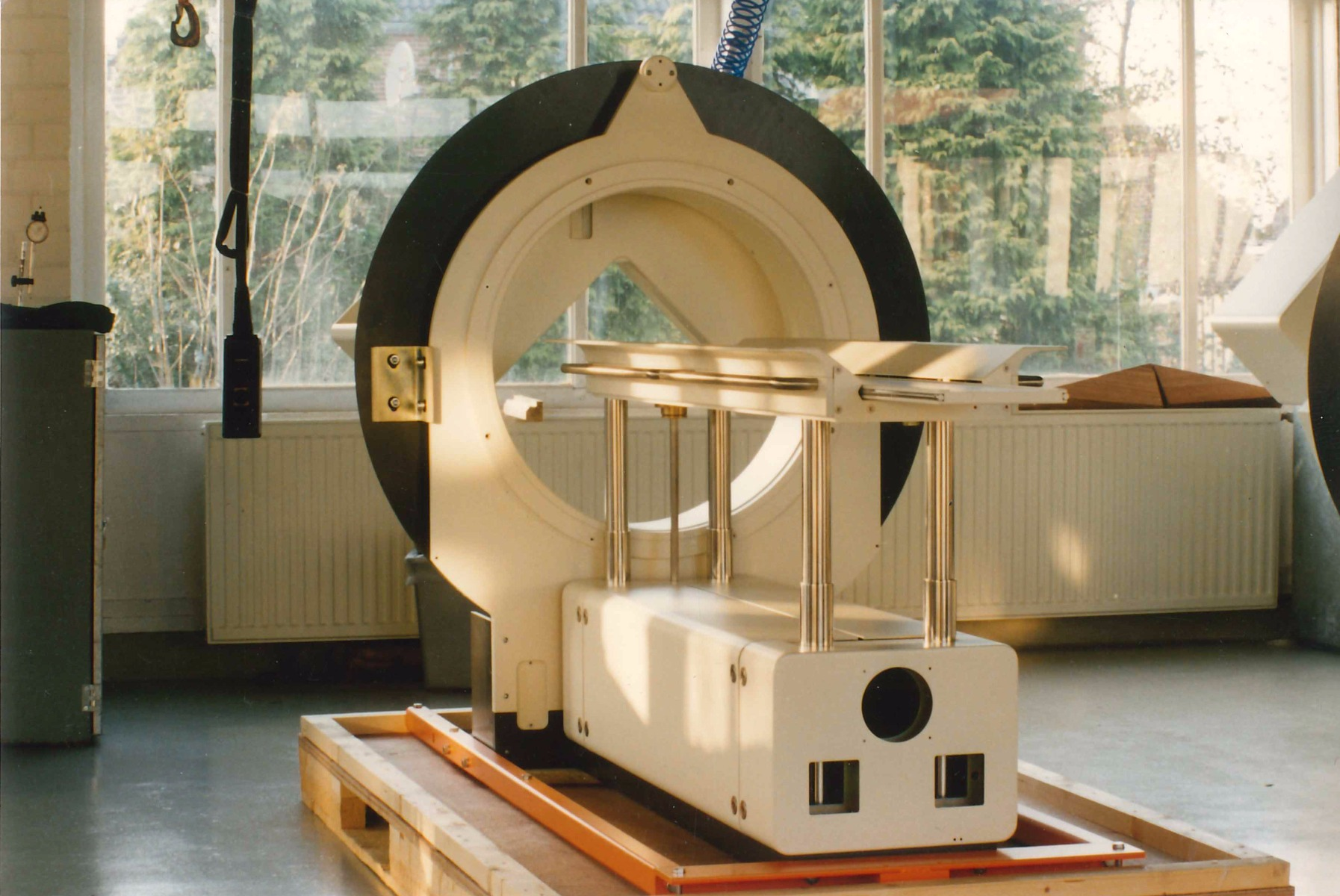 Gamma camera radiation shielding
