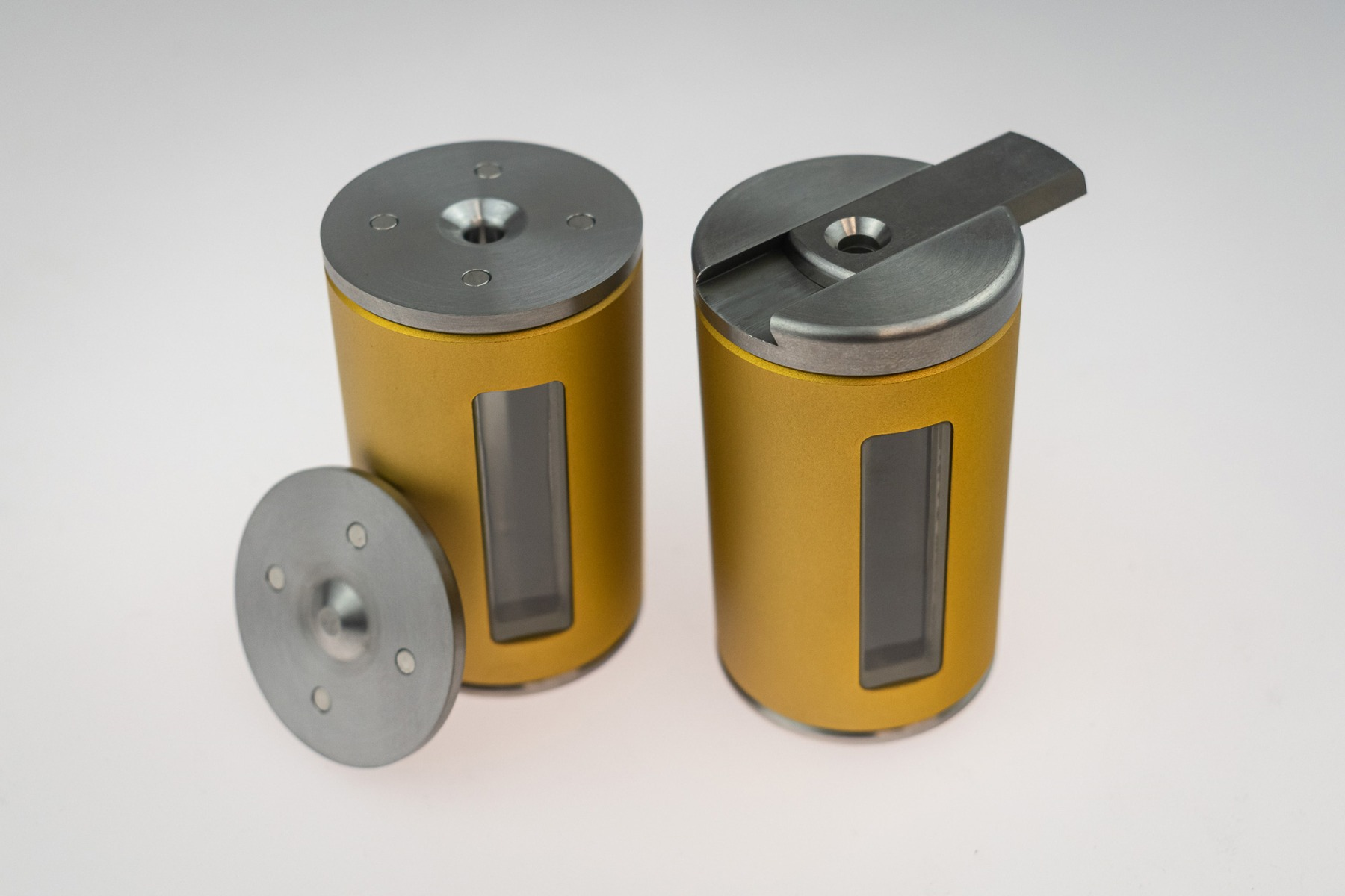 Vial shield with magnetic cap and sliding cap manufactured by Nuclear Shields